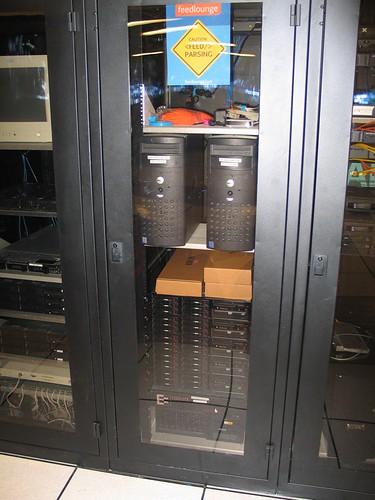 FeedLounge Rack