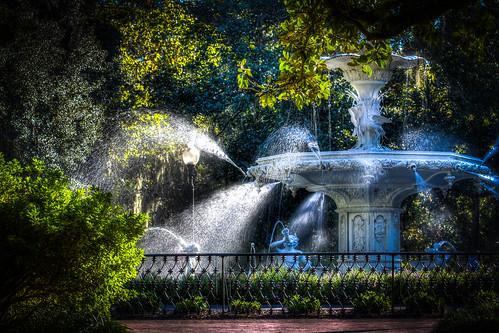 park fountain georgia savannah forsyth