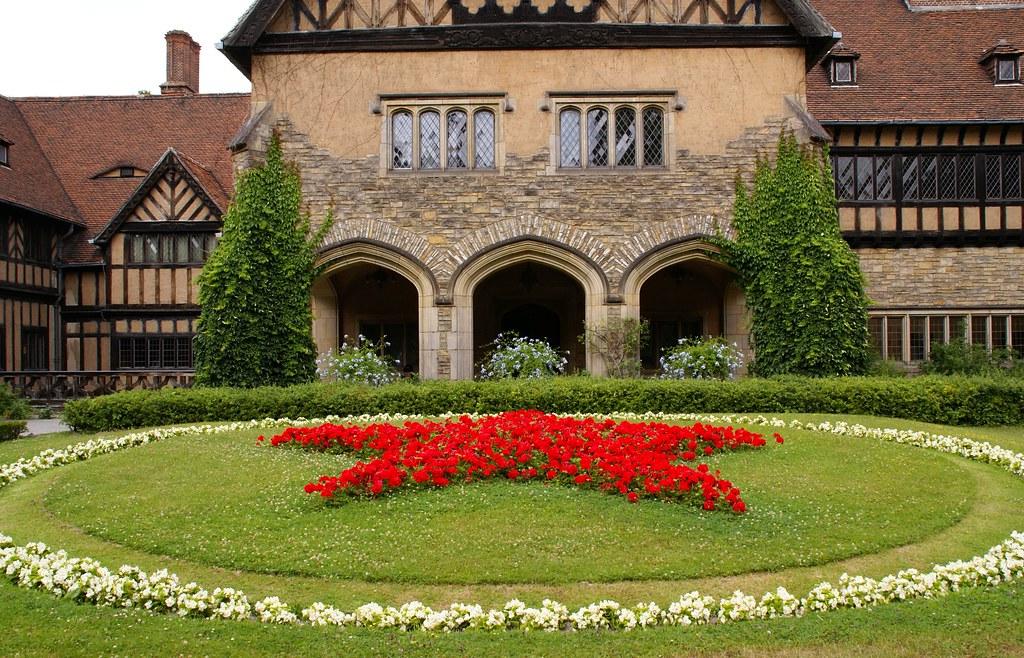 Potsdam Neuer Garten Schloss Cecilienhof Innenhof Mit S Flickr