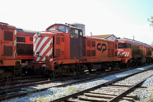 CP 1458 and 1938 Barreiro works 23-09-08 | by Peter Bryant 56069