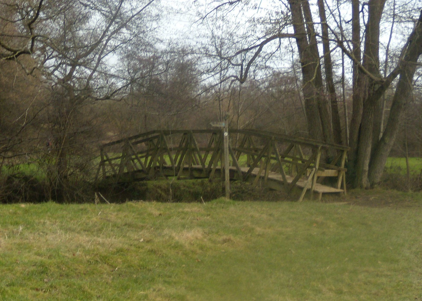 Humpback bridge Balcombe round (winter)