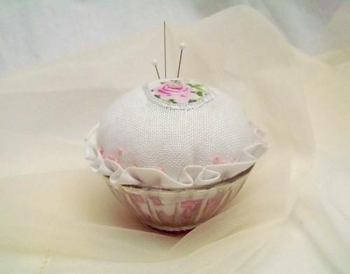 White Cup-pincushion | by prouaPolkovnik