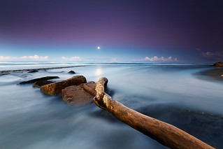 The silent sound of the moon | by Dan. D.