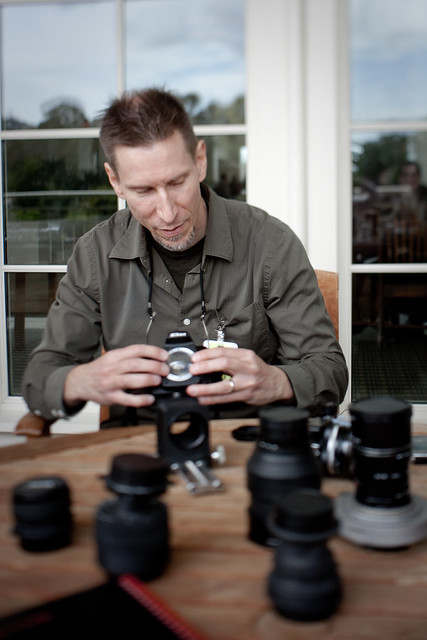 Johnnyoptic and the world's simplest SLR lens