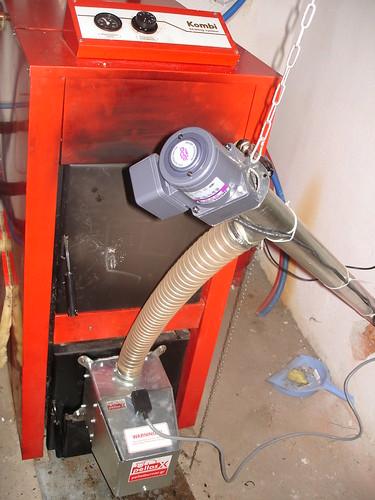 Καυστήρας pellet Pellas X σε λέβητα ξύλου   by energon - Pellet Systems