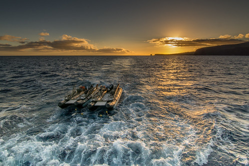 skiffs sunset water waves sky sea skiff lanai hawaii clouds uncruiseadventures