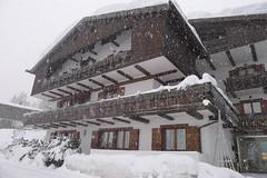 Hotel - ve čtvrtek před sněžením