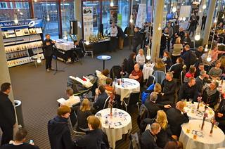 Torsten Aagaard Nilsen förklarar teststycket