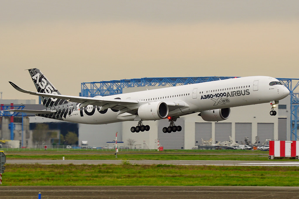 Airbus A350-1000 (Carbon livery) | F-WLXV (MSN65) - Toulouse… | Flickr