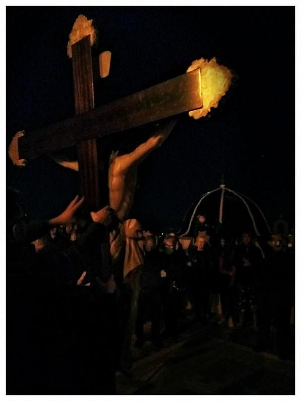 (2017-04-07) - VIII Vía Crucis nocturno - Victor Vicedo Ibañez (01)