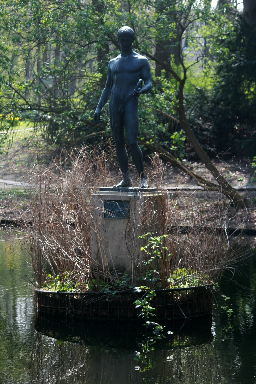 """Der Sieger"" im Berliner Tiergarten"