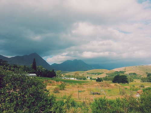 africa friends summer holiday sunshine clouds southafrica afternoon view cloudy farm capetown farmland swellendam langeberg