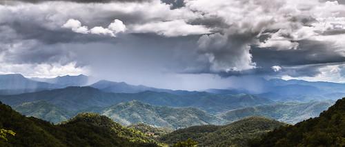 cloud mountain rain landscape thailand asia thaïlande asie siam cinemascope 1235 ประเทศไทย ไทย สยาม samoeng samoengforest สะเมิง ป่าสะเมิง