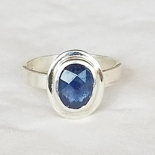 Sweet little sterling 2 carat rose cut sapphire I finished as a size 6.75. DM to claim or for information. #ovalsapphire #rosecut #sapphirering #sterlingring