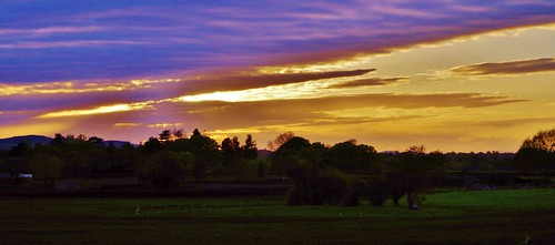 sunset sky light sun colour clouds bright shadows shropshire