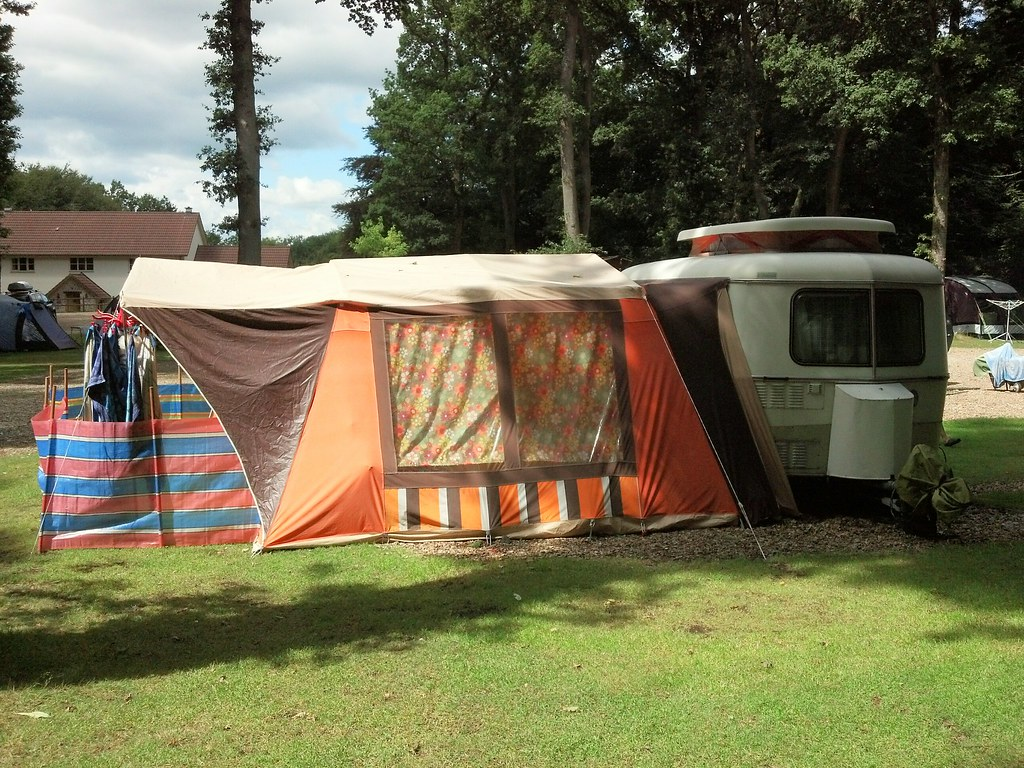the best attitude fa099 2afb7 Full camp set up! | 1979 Eriba Pan with 70s German awning ...