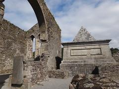 Stratford Tomb