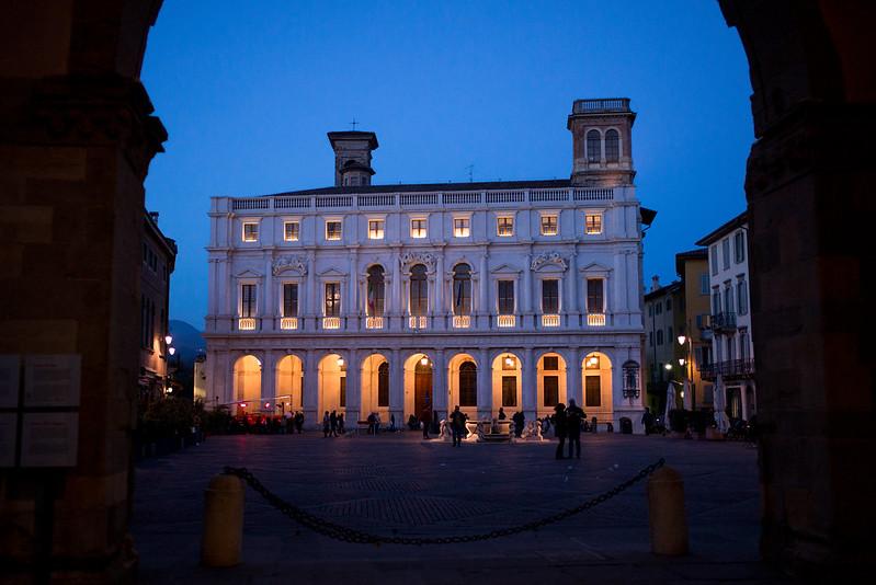 Bergamo, piazza vecchia - Blue hour