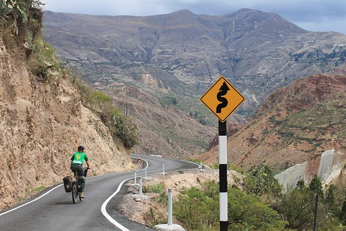 A wibbly-wobbly Peruvian paved road | by Pikes On Bikes
