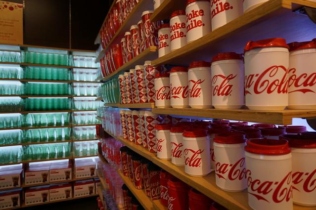 lasvegas-coke-store_05