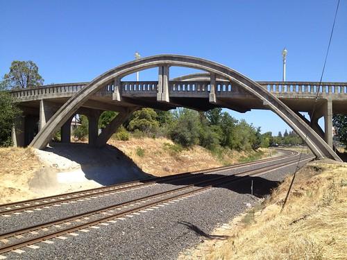 333/365 ~ Rainbow Bridge #roseville #bridge