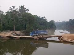 Brasil - Rondônia - Jacinópolis - ponte flutuante sobre o Rio Jaci