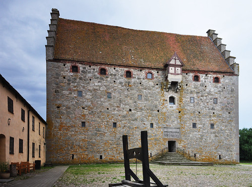Glimmingehus, the best preserved medieval stronghold in Scandinavia, built 1499-1506 | by Bochum1805