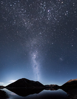 A night at Lake Pearson (Moana Rua), New Zealand   by Sitoo