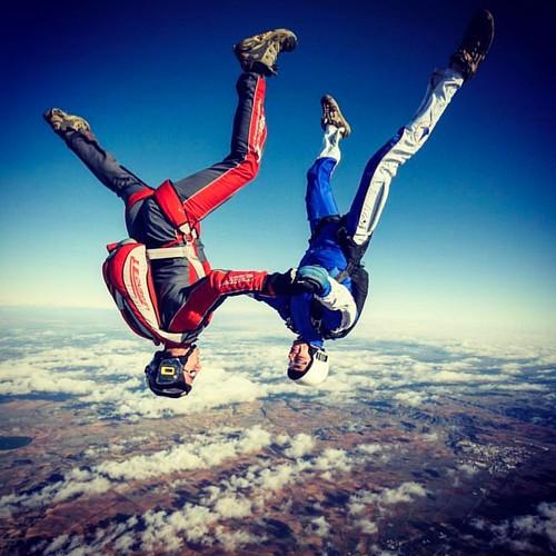 Head down....like speed! #skydivemadrid #skymad #skydiving #salta #demadridalcielo #paracaidismo #exit #feeleverithing #enjoy #ocaña #caidalibre #venasaltar #feelfree  photo: @dani_lo_7   by Skydive Madrid