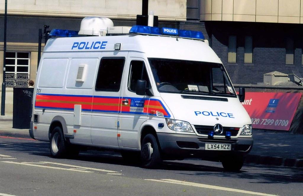 Met Police Mercedes Control CBRN Van LX54 HZZ | Photo Taken