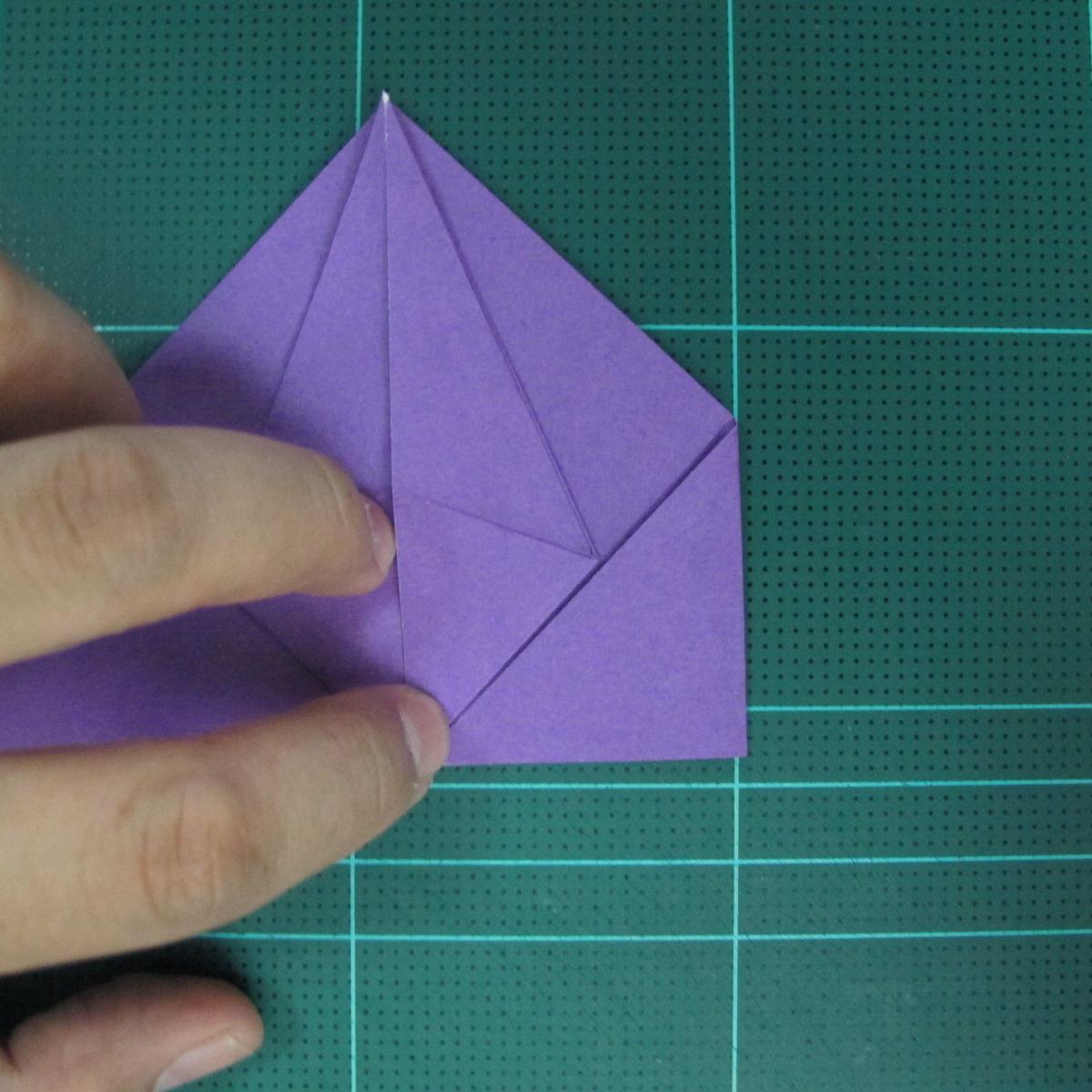 การพับกระดาษเป็นฐานนกอินทรี (Origami Eagle) 014