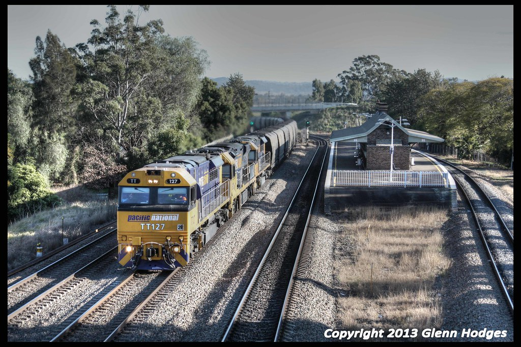 Pacific National TT127 heading long coalie by glenn5108