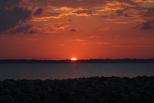 sunset lake mississippi reservoir stockphoto rossbarnett canon50d bruceleibowitz