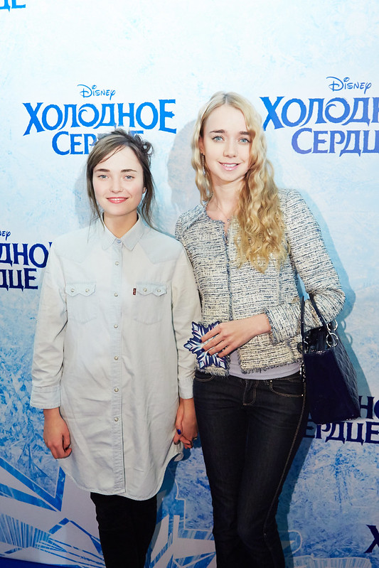 FROZEN_Moscow Premiere_Alyona Konstantinova i Alyona Chekhova