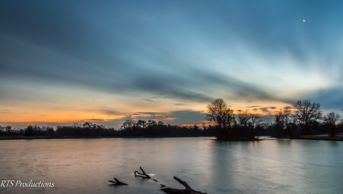 wood longexposure trees winter sky tree nature water field leaves clouds sunrise landscape outdoors morninglight pond december cloudy hiking overcast 7d orangesky cloudysky buschwildlife canon7d canon1585mmlens