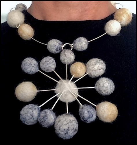 Starburst necklace   by buddhistdoor.connect