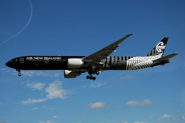 Air New Zealand Boeing 777-319ER ZK-OKQ  MSN 40689 (