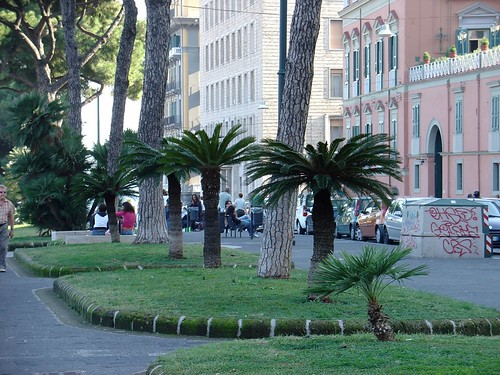 Naples - ITALY   info - www.en.wikipedia.org/wiki/Mykonos ...