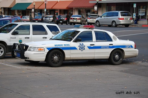 arizona ford police policecar prescott statetrooper highwaypatrol crownvic 2000views arizonadps policeinterceptor departmentofpublicsafety prescottaz fordcrownvic yavapaicountycourthouse yavapaicounty nikond40 102913 arizonahighwaypatrol arizonastatetroopers