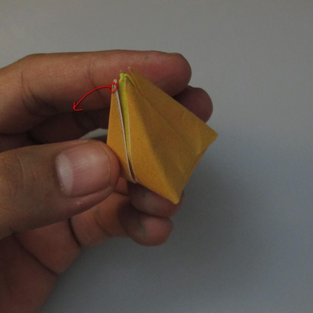 วิธีพับกระดาษเป็นดอกทิวลิป 017