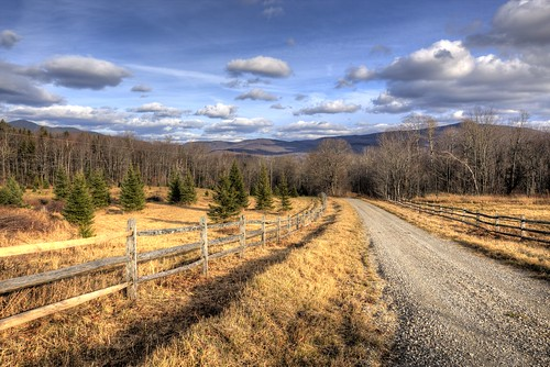 stas burdan hdr vermont sky clouds country road fence leading lines