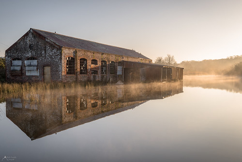 spring reflection reflections barn derelict abandoned landscape water pond sunrise still nikon mist misty