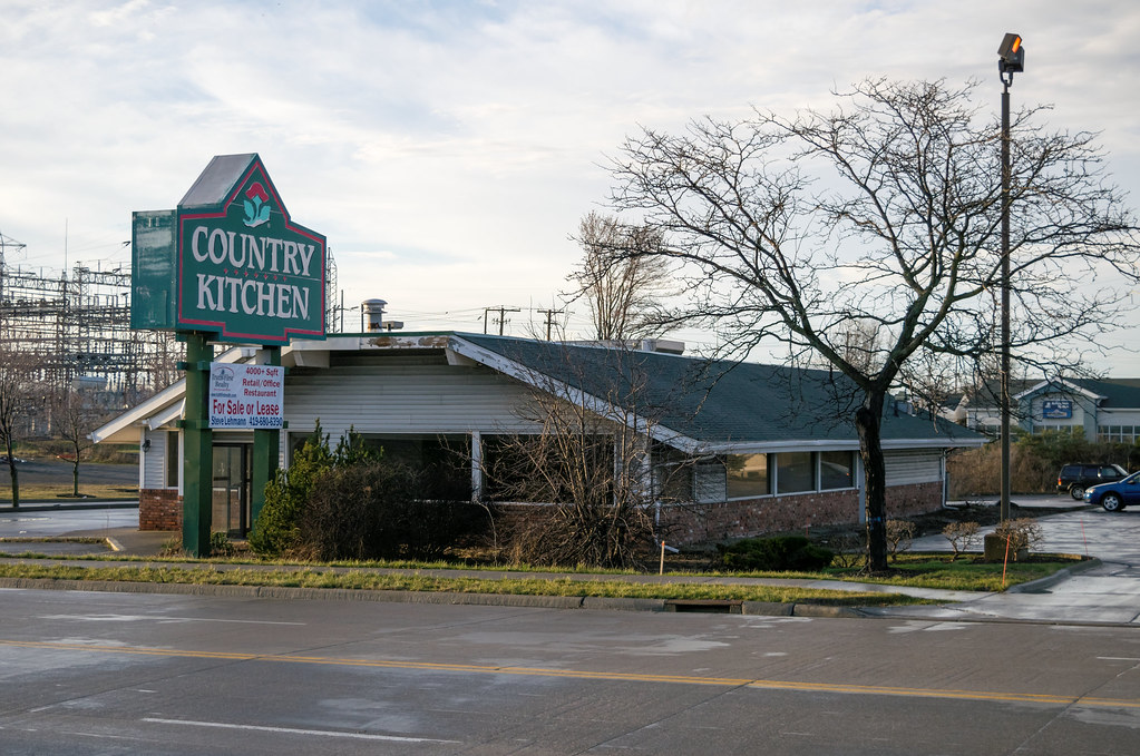 Former Country Kitchen in Elyria | The long closed Country K… | Flickr