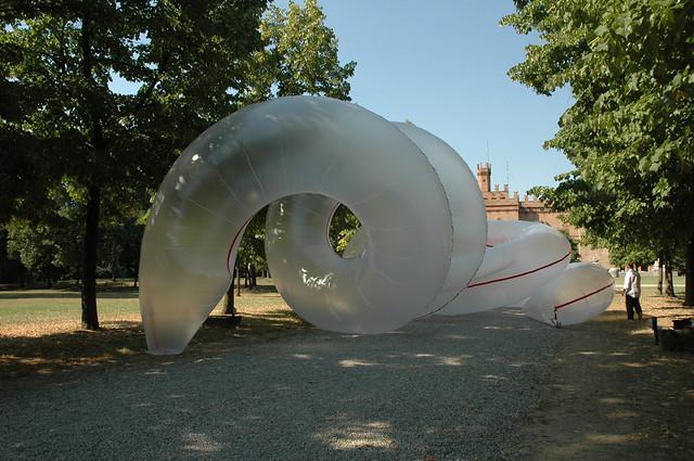 2007- Arte Mito, La Ferrari nella scultura contemporanea, Parco Rangoni Macchiavelli, Modena