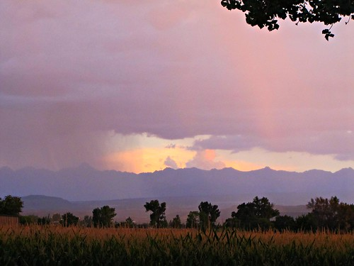 sunset sky mountains rain clouds cornfield colorado dusk cottonwood montrosecolorado