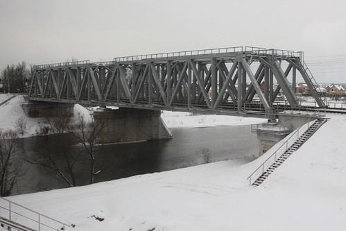Railway bridge over the Pakhra River (Пахра́) south of Moscow