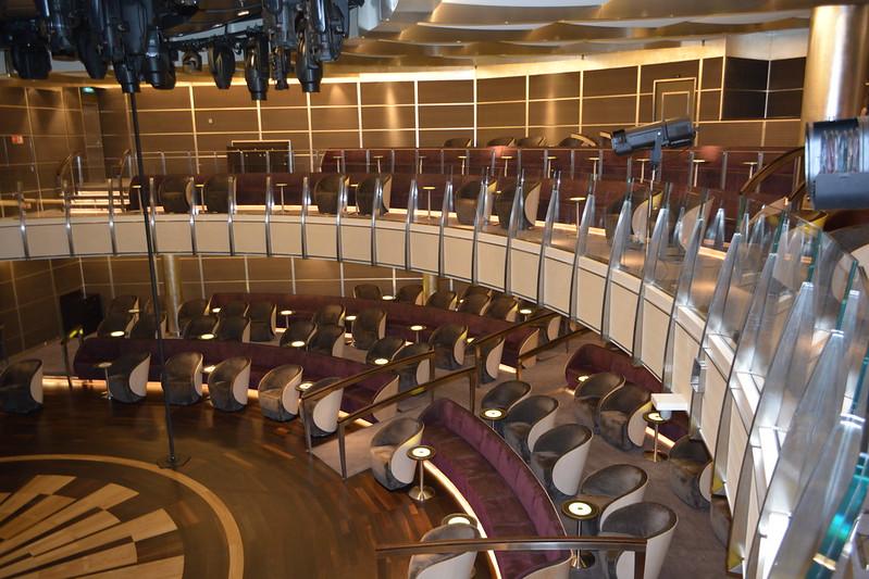 Salle de spectacle - Visite du MS EUROPA 2 - Bordeaux - 20 mai 2013