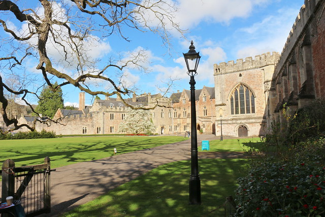 Wells Cathedral & Bishops Palace