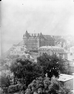 View of the Château Frontenac, Quebec City, Quebec / Vue du Château Frontenac, Québec (Québec)