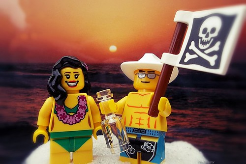 sunset beach sunrise fun toy skull bottle sand cowboy lego whiskey pirate kennychesney minifigure islandgirl pirateflag